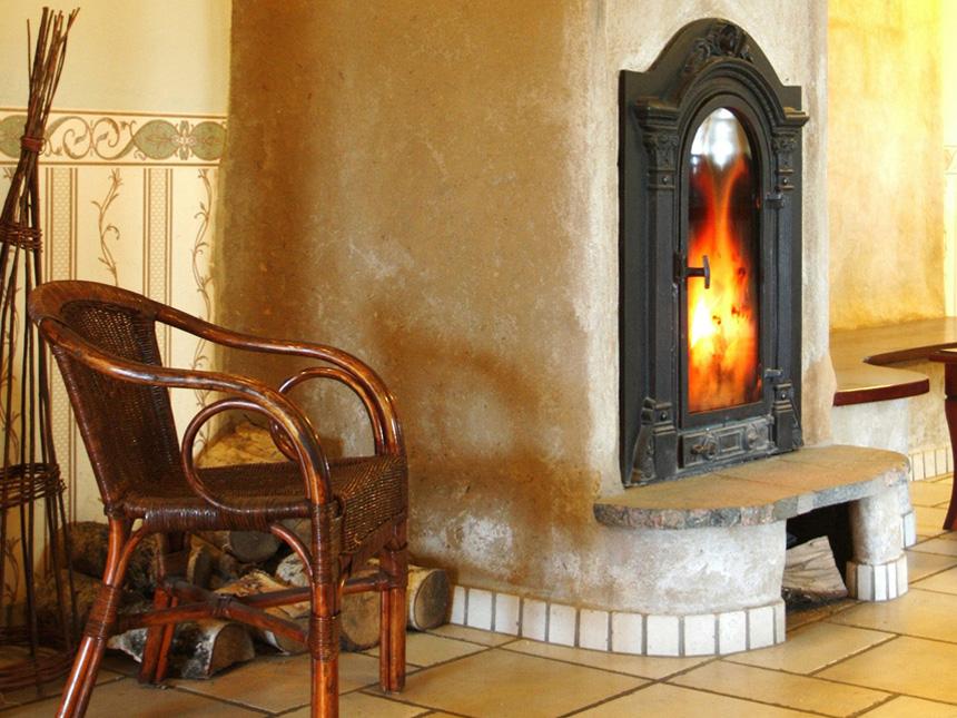 VNBL bois chauffage vent des buches dans le Puy de Dome