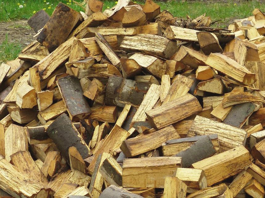 VNBL fournit des ballots et buches de bois de chauffage dans le Puy de Dome